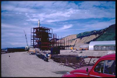 Golden Valley Electric Assoc. started construction of a mine-mouth power plant in Healy in 1966