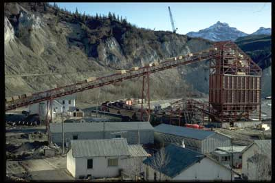 Usibelli Coal Mine constructed a new mdern Tipple at Suntrana in 1967