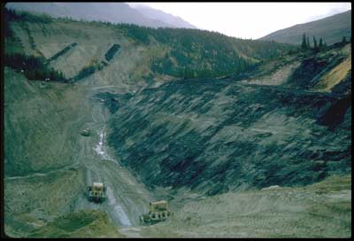 A UCM coal mining pit with exposed coal face on the right